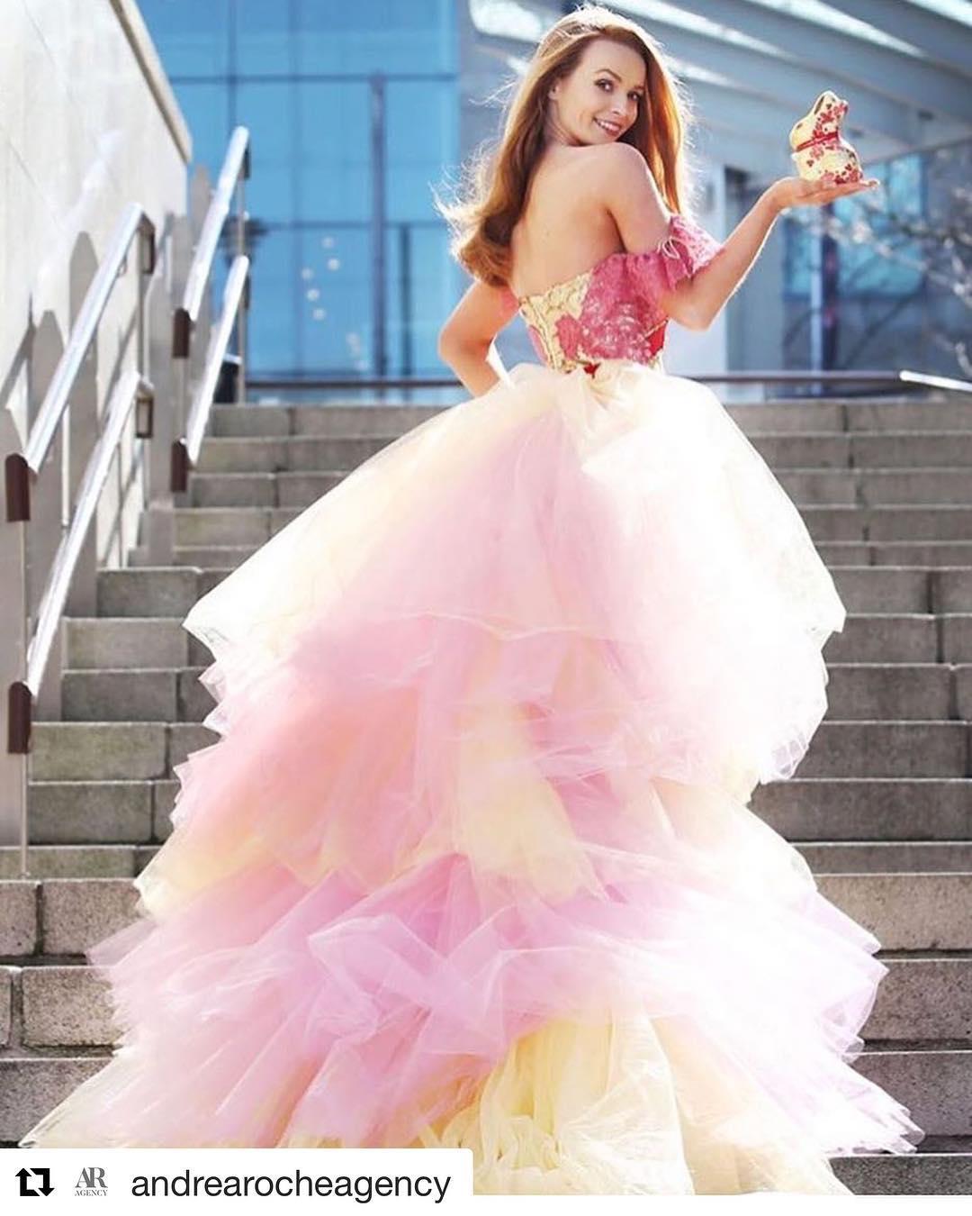 Fantástico Vestido De La Dama Mala Imágenes - Colección de Vestidos ...